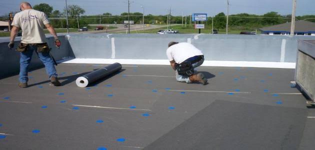 عزل الاسطح مائى وحرارى يحمي منزلك